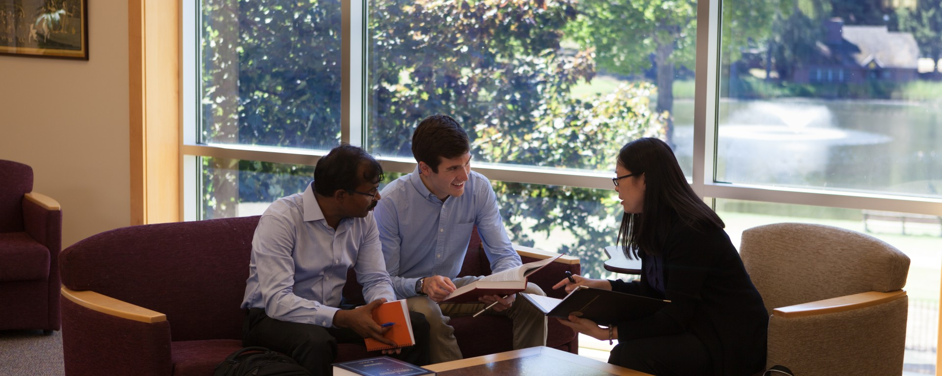 Image of students working in group, dual degree, law degree, mpp, public policy